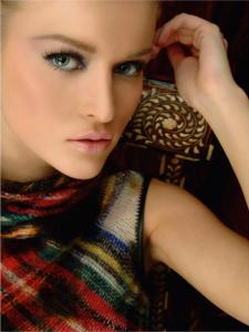 Makeup <br>  8